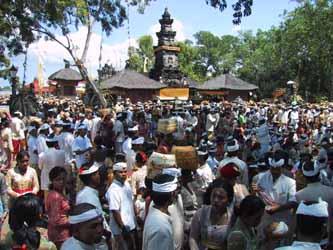 Tempel och hinduer.