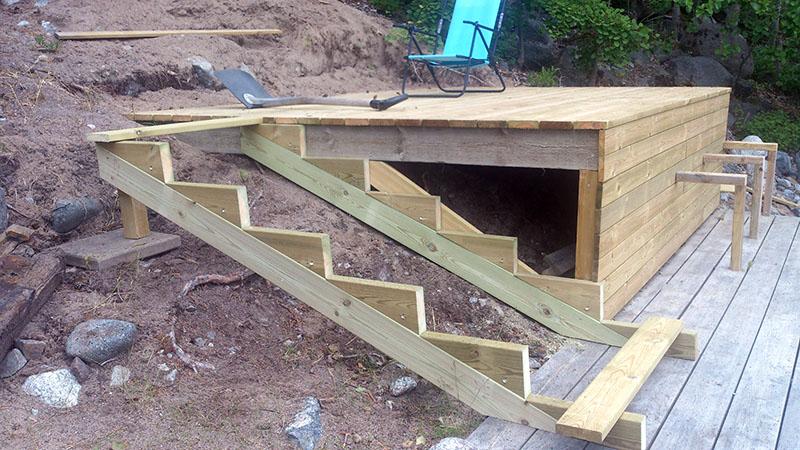 Färdig trappa altan