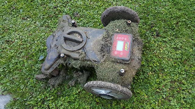 Strålande Byta batteri i MEEC robotgräsklippare » Byggoteknik.se MJ-62