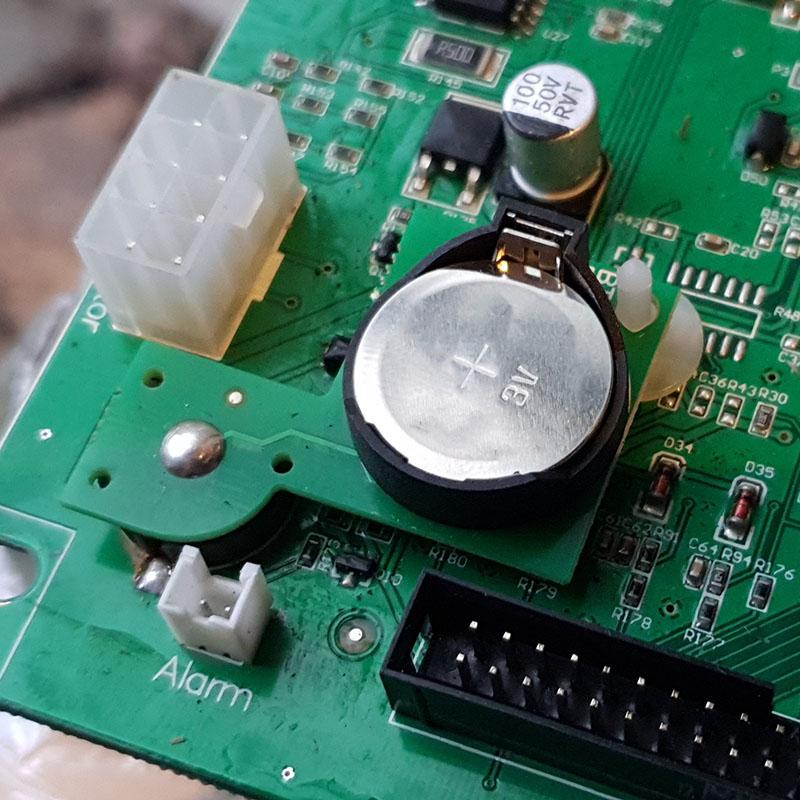 Bra Byta batteri i MEEC robotgräsklippare » Byggoteknik.se MB-36